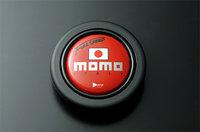 momo_03_RED.jpg
